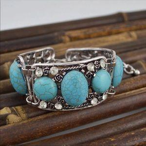 Jewelry - Turquoise color bracelet